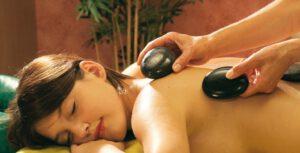 Fühle etwas neues - Hot-Stone-Massage